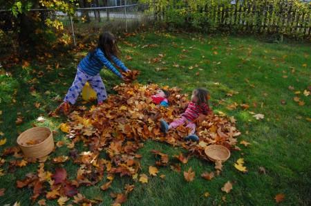 ילדות בסתיו
